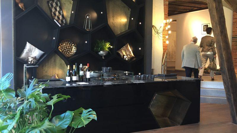 aviva pr sent lors de la haussemesse franchise cuisines with aviva saint orens. Black Bedroom Furniture Sets. Home Design Ideas